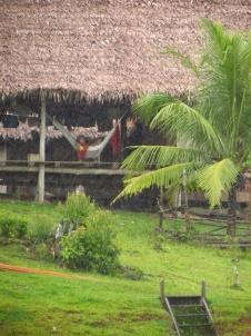 Small communities along the Napo