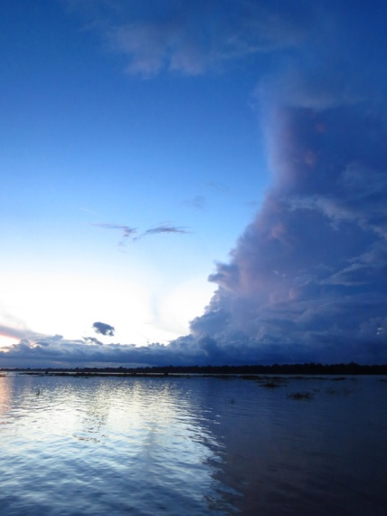 Weird cloud formations, some weather-trouble is always cooking on the Amazon