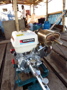 Our Engine, a Honda Aqua, 390cc 13 HP, peque-peque.