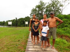 Locals of La Libertad: The dad politely asked if we had any work he could help with and afterwards asked if I would please take a photo of his family.